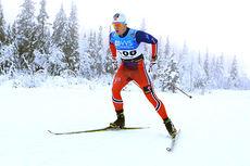 Sindre Bjørnestad Skar i aksjon på 15 km fri under Beitosprinten 2014. Foto: Erik Borg.