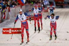 Norge tok de 4 første plassene på sprinten under verdenscupåpningen i Kuusamo forrige vinter. Fremst Eirik Brandsdal og Petter Northug. Foto: Laiho/NordicFoucs.