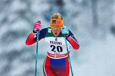 Kathrine Harsem ute på sprintprologen under verdenscupen i Kuusamo 2014. Foto: Felgenhauer/NordicFocus.