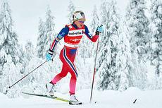 Therese Johaug underveis i verdenscupåpningens 10 km i klassisk stil i Kuusamo forrige sesong. Foto: Felgenhauer/NordicFocus.