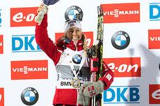 Tiril Eckhoff hadde sekundene på sin side og stormet inn til seier i verdenscupens 7,5 km sprint i Östersund 2014. Foto: Manzoni/NordicFocus.