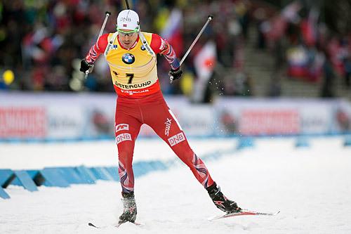 Emil Hegle Svenden ute på jaktstarten under verdenscup skiskyting i Östersund 2014. Han endte på tredjeplass. Foto: Manzoni/NordicFocus.