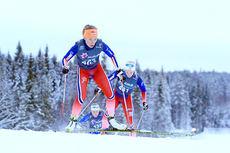 Maria Strøm Nakstad underveis mot seier på 10 km fristil i Skandinavisk Cup på Lillehammer like før jul 2014. Foto: Erik Borg.