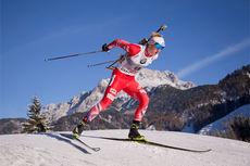 Johannes Thingnes Bø på vei mot seier på sprinten i verdenscupen i Hochfilzen 2014. Foto: Manzoni/NordicFocus.