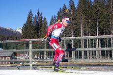 Tarjei Bø under fellesstarten i Pokljuka 2014, der han ble nummer 6. Foto: Manzoni/NordicFocus.