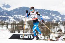 Kerttu Niskanen ute på 2. etappe av Tour de Ski 2015. Foto: Felgenhauer/NordicFocus.