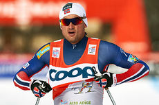 Petter Northug slo samtlige på jaktstarten i Toblach under femte etappe av Tour de Ski 2015, og beholdt dermed ledelsen sammenlagt. Foto: Felgenhauer/NordicFocus.