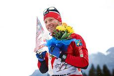 Martin Johnsrud Sundby gikk helt til topps i Tour de Ski 2015, i dagslys, neste vinter kan målgangen skje i flomlyst nattemørke. Foto: Felgenhauer/NordicFocus.
