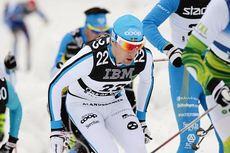 Trefoldig Vasaloppsvinner og Team Coop-manager Oskar Svärd kaller sammen med Anders Aukland og Øystein Pølsa Pettersen langløpseliten inn til krisemøte i forbindelse med skøytetak i de klassiske Swix Ski Classics-løpene. Foto: Rauschendorfer