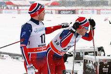 Håvard Solås Taugbøl (t.v.) og Sindre Bjørnestad Skar etter sprintprologen under verdenscupen i Rybinsk 2015. Begge tok seg greit videre til kvartfinaler med henholdsvis 10.- og 15.-plass. Foto: Andrey Kashcha.