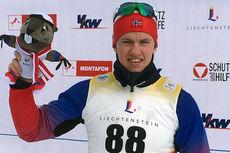 Petter Stakston etter at han gikk inn til bronsemedalje på 7,5 kilometer fri under Europeisk Ungdoms-OL i Liechtenstein 2015. Foto: Line Stakston.