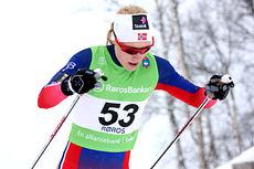 Ragnhild Haga på god vei mot 6. plass under NM på Røros, distansen er 10 km fri teknikk. Foto: Geir Nilsen/Langrenn.com.