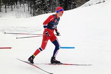 Petter Stakston i aksjon under junior-NM på Mo i Rana 2014. Foto: Erik Borg.