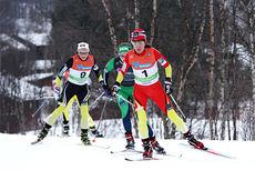 Heidi Weng på god vei mot seier på 15 km skiatlon under ski-NM på Røros 2015. Foto: Geir Nilsen/Langrenn.com.