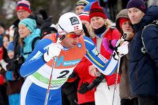 Petter Northug på god vei mot seier på 30 km skiatlon under ski-NM på Røros 2015. Få minutter senere var han naturlig nok med blant de 23 løperne Skiforbundet har tatt ut til VM i Falun senere i vinter. Foto: Geir Nilsen/Langrenn.com.