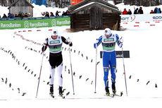 Tomas Northug og broren Petter krysser målstreken som nummer 5 og 6 i NM-sprinten 2015 på Røros. Foto: Geir Nilsen/Langrenn.com.