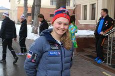Julie Myhre på plass i Almaty, Kasakhstan for Junior-VM 2015. Foto: Erik Borg.