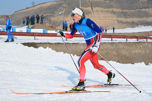 Merete Myrseth i aksjon på sprinten under U23-VM i Almaty, Kasakhstan 2015. Det endte til slutt med en sterk åttendeplass. Foto: Erik Borg.