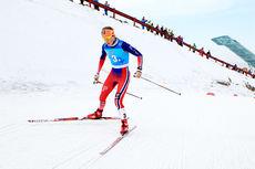 Lotta Udnes Weng går Norge inn til gullmedalje i stafetten som avsluttet Junior-VM 2015 i Almaty og Kasakhstan. Foto: Erik Borg.