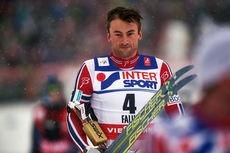 Petter Northug var overveldet av følelser etter gullet på femmila under VM i Falun, hans fjerde gullmedalje i mesterskapet. Foto: NordicFocus.
