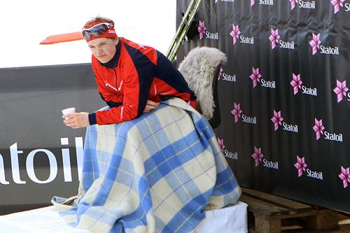 Herman Martens Meyer i lederstolen etter sin 15-kilometer i fri teknikk på Junior-NM Hommelvik 2015. Han ble norgesmester på distansen. Foto: Erik Borg.