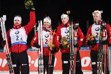 Norges sølvgutter på herrestafetten under VM i skiskyting i Kontiolahti 2015. Fra venstre: Emil Hegle Svendsen, Ole Einar Bjørndalen, Tarjei Bø og Johannes Thingnes Bø. Foto: Evgeny Tumashov/NordicFocus.