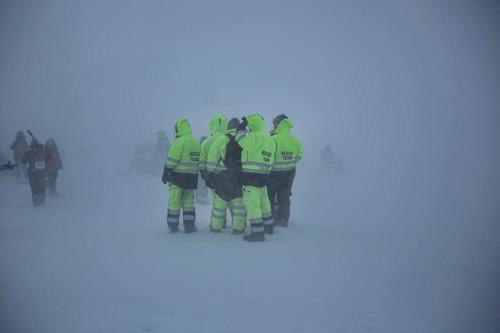 145 langrennsløpere måtte evakueres da de møtte dramatiske forhold i Arctic Circle Race 2015 på Grønland. Arrangørfoto.