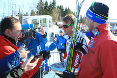 Tomas og Petter Northug intervjues etter å ha tatt NM-gull i lagsprint for Strindheim under NM i Harstad 2015. Foto: Erik Borg.