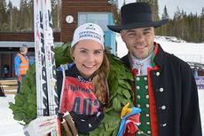Hedde Bångman, Offerdals SK vant juniorklassen for damer under Flyktningerennet 2015. Her sammen med kransgutt Morgan Aagård. Foto: Flyktningerennet/Karl Audun Fagerli.