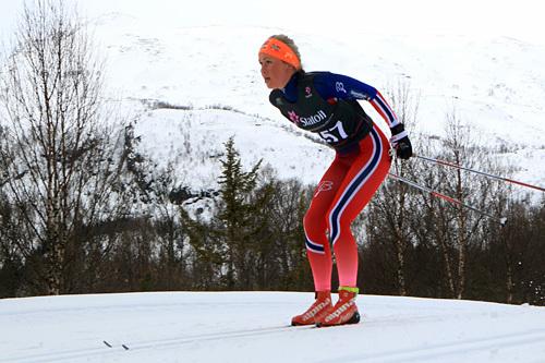Silje Theodorsen i aksjon på 3-mila under NM i Harstad 2015. Foto: Erik Borg.