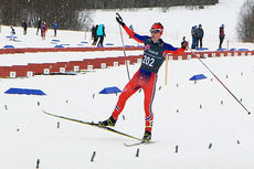 Herman Martens Meyer inn til seier i Norgescupfinalen for menn 18 år i Harstad. Foto: Erik Borg.