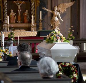 BegravelseAagota_300x290