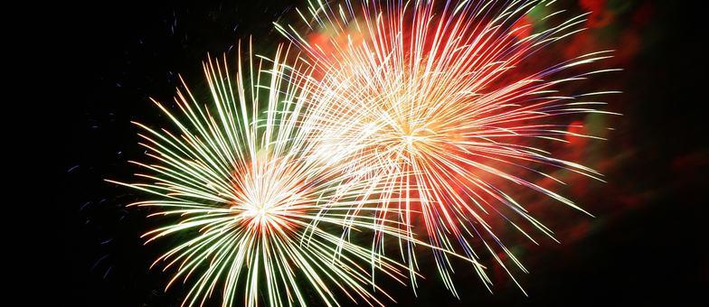 fireworks-227383__180