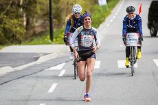 Heidi Weng underveis i veldedighetsløpet Wings For Life i Stavanger 2015. Arrangørfoto.