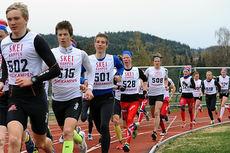 Elever ved NTG Lillehammer ute på 3000 meters løpstest. Foto: Anders Brun Hennum.