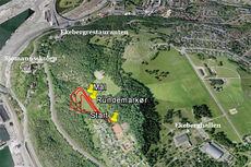 Løpsområdet for NM terrengløp, lang løype 2015 ved Ekeberg like utenfor Oslo sentrum. Foto og grafikk: Google/IK Tjalve.