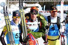 Topptrioen i Birken 2015. Fra venstre: Martin Johnsrud Sundby (3. plass), Petter Eliassen (1) og John Kristian Dahl (2). Alle gikk under 2 timer og 2 minutter. Foto: Geir Nilsen/Langrenn.com.