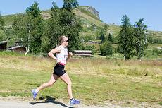 Astrid Uhrenholdt Jacobsen på vei mot seier i Skeikampen Rundt 2015. Foto: Jon Gunnar Henriksen.