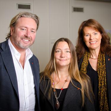 Ann Iren Vigrestad Fidgett er ny leder for NAV-Sørum. Her sammen med rådmannen og kommunalsjef for kultur, familie og nærmiljø.