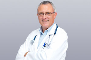 bs-Family-Doctor-4090987_300