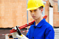 Bygg- og anleggsungdom (Foto Colourbox)