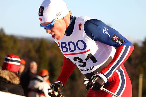 Martin Løwstrøm Nyenget på vei mot 2. plass på 15 km klassisk i Beitosprinten 2015. Foto: Geir Nilsen/Langrenn.com.
