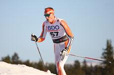 Mikael Gunnulfsen på vei inn mot 13.-plass under åpningsrennet på Beitostølen, 15 kilometer klassisk. Foto: Geir Nilsen/Langrenn.com.