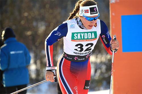 Lotta Udnes Weng i sprintprologen på Beitostølen. Foto: Erik Borg.