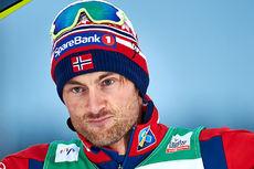 Petter Northug sikret 2. plass i verdenscupens åpning 2015/2016, minitouren i Kuusamo og Ruka, men det kostet og han slet underveis. Foto: Felgenhauer/NordicFocus.