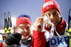Kaia Wøien Nicolaisen og Lars Helge Birkeland vant den blandende stafetten under verdenscupåpningen i Östersund 2015. Foto: Tomashov/NordicFocus.