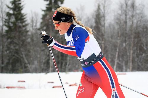 Mari Eide er første nordmann ut fra start i Toblach-prologen lørdag. Foto: Erik Borg.