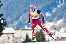 Therese Johaug på vei mot suveren seier på 15 km fristil under verdenscupen i Davos 2015. Foto: Felgenhauer/NordicFocus.