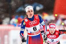 Heidi Weng kapret en sterk 2. plass i sprintfinalen i Oberstdorf under 4. etappe av Tour de Ski 2016. Foto: Felgenhauer/NordicFocus.