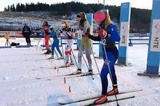 Starten i finaleheatet for damenes 17-årsklasse under Norgescup junior på Steinkjer 2016. Nærmest Kjelsås-løper Maria Leseth Føyen. Foto: Kristian Bjune Sveen.